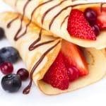 crepes-fraises-myrtilles-chocolat